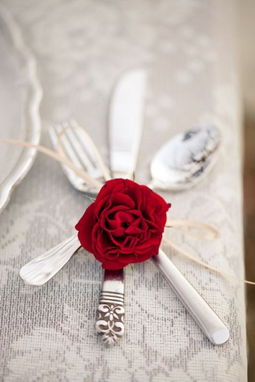 Tacâmuri și trandafir , Foto: exquisitegirl.com