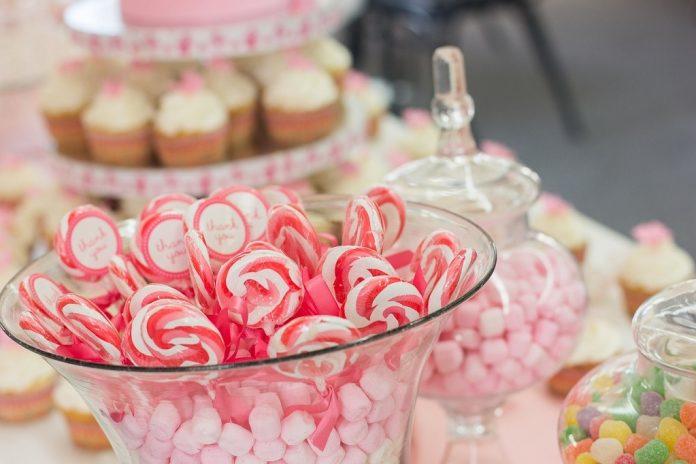 Candy Bar pentru petrecerea de botez