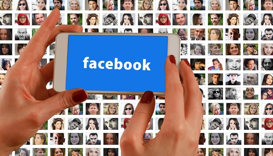 5-prieteni-online-pe-facebook