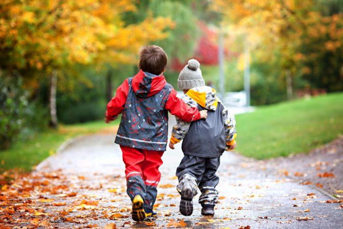 1-prieteni-buni-prietenia-la-copii