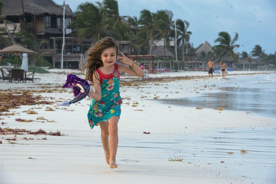 8-copil-fericit-optimist
