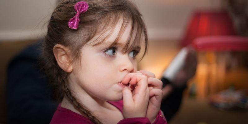 2-simptome-stresul-la-copii