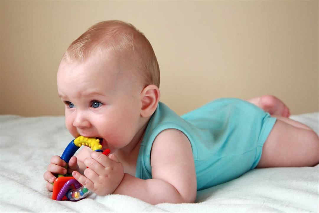 5-calmarea-durerii-de-gingie-la-bebelusi