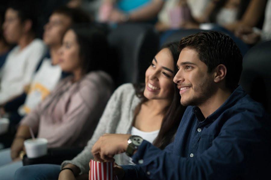 Cuplu fericit la film
