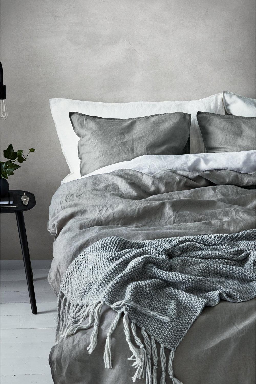 Lenjerie de pat din in