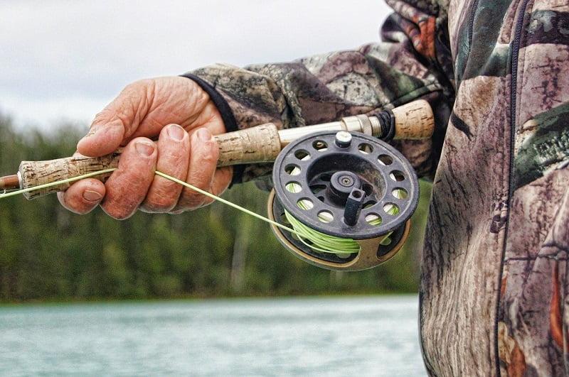 Pescar cu undita uzata